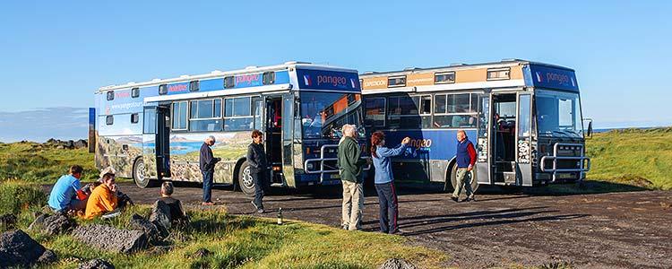 Poznávací zájezd Island - setkání hotelbusů na poloostrově Snafellsness